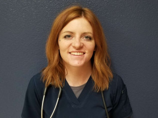 Veterinary Assistant Kelly Ferguson